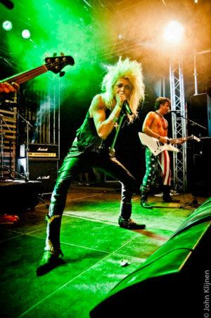Kissin Dynamite tijdens ParkCity Live, Park Bekkerveld, 23 juni 2012